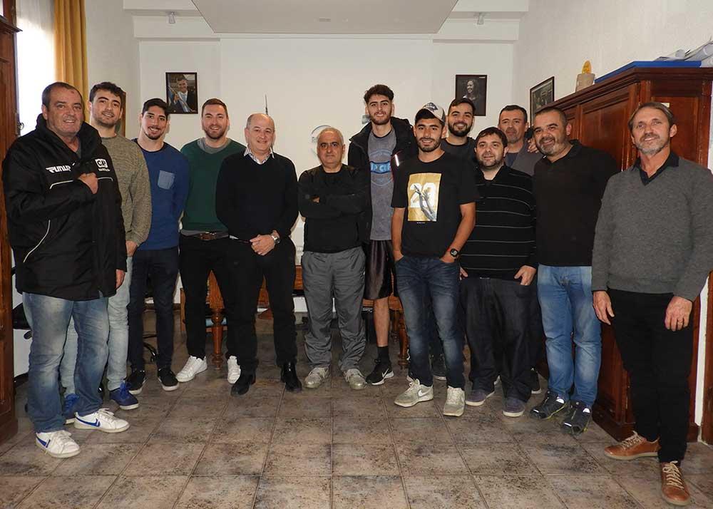 Uset recibió a la Selección de Básquet después de la histórica clasificación al Provincial